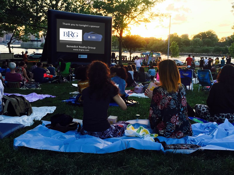 More than 400 moviegoers attended the Astoria Park Alliance movie night sponsored by BRG at Astoria Park