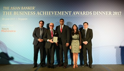 MoneyGram team presenting the Asian Banker Technology Innovation Award