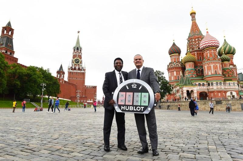Pele and Ricardo Guadalupe (CEO of Hublot) (PRNewsfoto/Hublot)