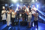 Dr Suborno Bose Chairman IIHM Hotel School hands over the trophy to Winner Trisha Reddy (PRNewsfoto/IIHM)