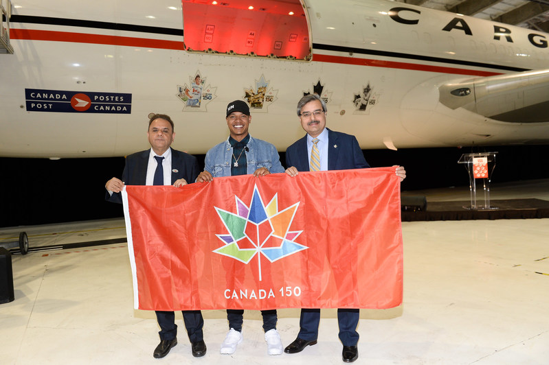 Pic names: Left to Right: Ajay Virmani – President & CEO Cargojet, Marcus Stroman – Bluejays Ace Pitcher, Deepak Chopra – President & CEO Canada Post (CNW Group/Cargojet Inc.)
