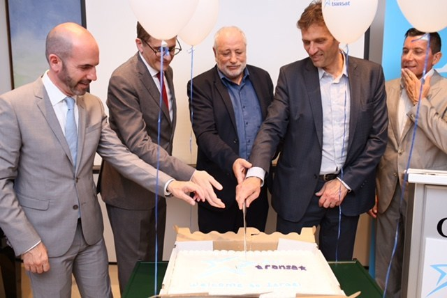 Left to right: Mr Ziv Nevo Kulman - Israeli Consul General in Montreal and Permanent Representative to ICAO; Mr Gilles Ringwald - - Commercial Vice-president, Air Transat; Mr Gideon Thaler TAL aviation CEO; Mr Amir Halevi – Director-General Ministry of tourism; Mr Ralph Jansen – Deputy Head of Mission, Embassy of Canada in Tel Aviv (CNW Group/Transat A.T. Inc.)