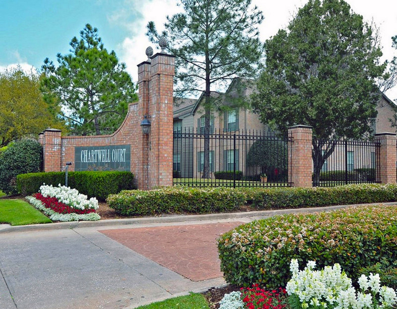 National Asset Services, one of the Country's leading commercial real estate companies, has successfully delivered a lending source for refinancing Chartwell Court Apartments, an 18-member, tenant-in-common (TIC) multifamily property in Houston, Texas. Refinancing with the TIC structure in place preserved the co-owners' original 1031 Exchange benefits and options.