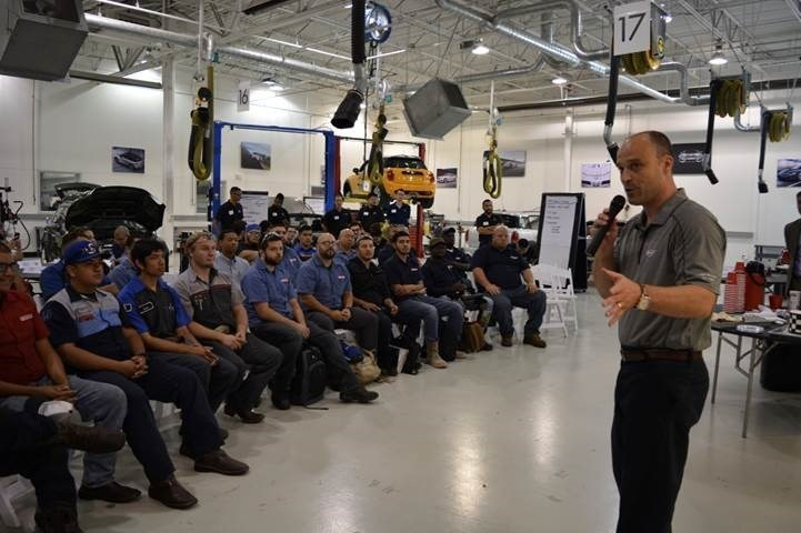 Jason Harris – Regional Technical Training Manager for BMW/MINI North America, speaking to Lincoln Tech students in Grand Prairie, TX about career opportunities with MINI, one of the hottest automotive brands in the country.