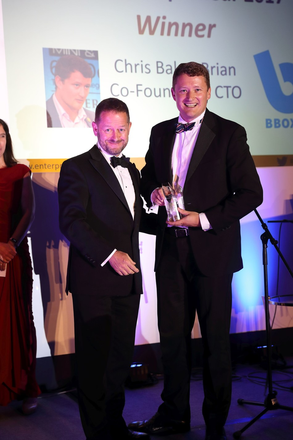 Left: Paddy MccGwire, Managing Partner, Silverpeak handing Co-Founder and Chief Technology Officer of BBOXX, Christopher Baker-Brian, the Young Entrepreneur Award. (PRNewsfoto/BBOXX)