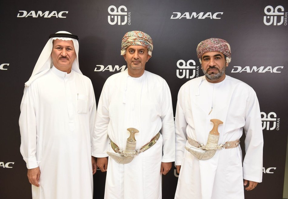 (L to R) Hussain Sajwani, Chairman of DAMAC; HE Dr. Ali bin Masoud Al Sunaidy, Chairman of OMRAN; HE Dr. Ahmed Al Futaisi, Minister of Transport and Communications (PRNewsfoto/DAMAC Properties)