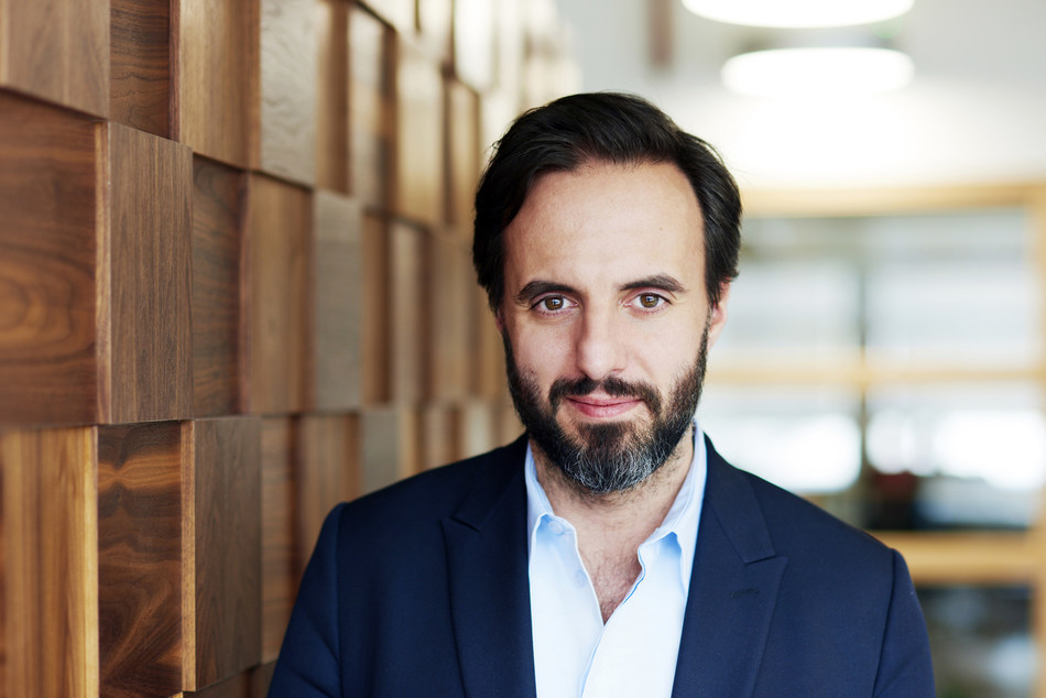 José Neves, Founder CEO and Co-Chairman at Farfetch (PRNewsfoto/Farfetch Group and JD.com, Inc.)