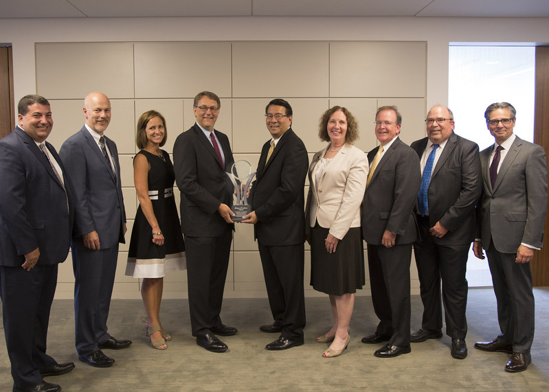 Pictured (left to right), during CNA's presentation of its Safety in Excellence Award to Fresenius Medical Care-North America, are:  Matt Sather, Vice President, Underwriting, CNA; Eric Bishop, Vice President, Finance & Administration, Fresenius; Debra Jean Kane, Vice President, Claim, CNA; Kevin Leidwinger, President and Chief Operating Officer, CNA Commercial; Larry Park, Vice President, Corporate Health, Safety, Environmental Affairs, Engineering, Security & Risk Management, Fresenius; Shari Falkenburg, Assistant Vice President, Commercial Risk Control, CNA; Kyle Langill, Assistant Vice President, Underwriting, CNA; Jon Poling, Senior Client Executive, Marsh; Dino Robusto, Chairman & Chief Executive Officer, CNA. (PRNewsfoto/CNA)