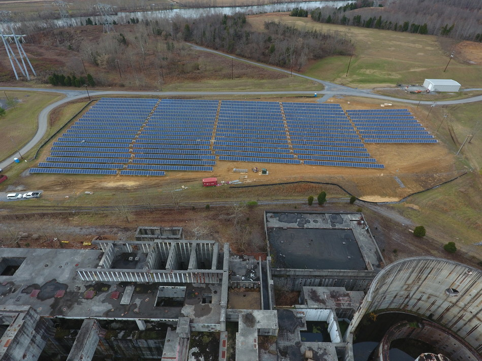 A new 1MW solar power farm sits on the site of the never operational Phipps Bend nuclear power plant. Credit: United Renewable Energy