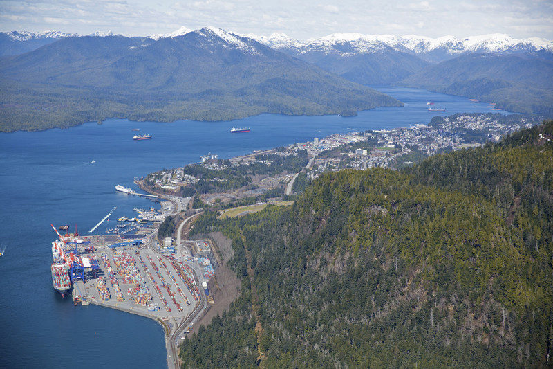 The Port of Prince Rupert is Canada's 6th largest port by cargo volume, handling 18.9 million tonnes in 2016. (CNW Group/Prince Rupert Port Authority)