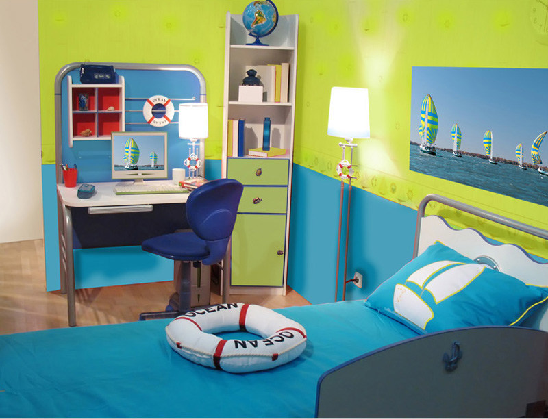 You can extend the afterglow of your vacation by decorating with colors characteristic of your favorite getaway. This room captures the essence of a cool oceanside resort.