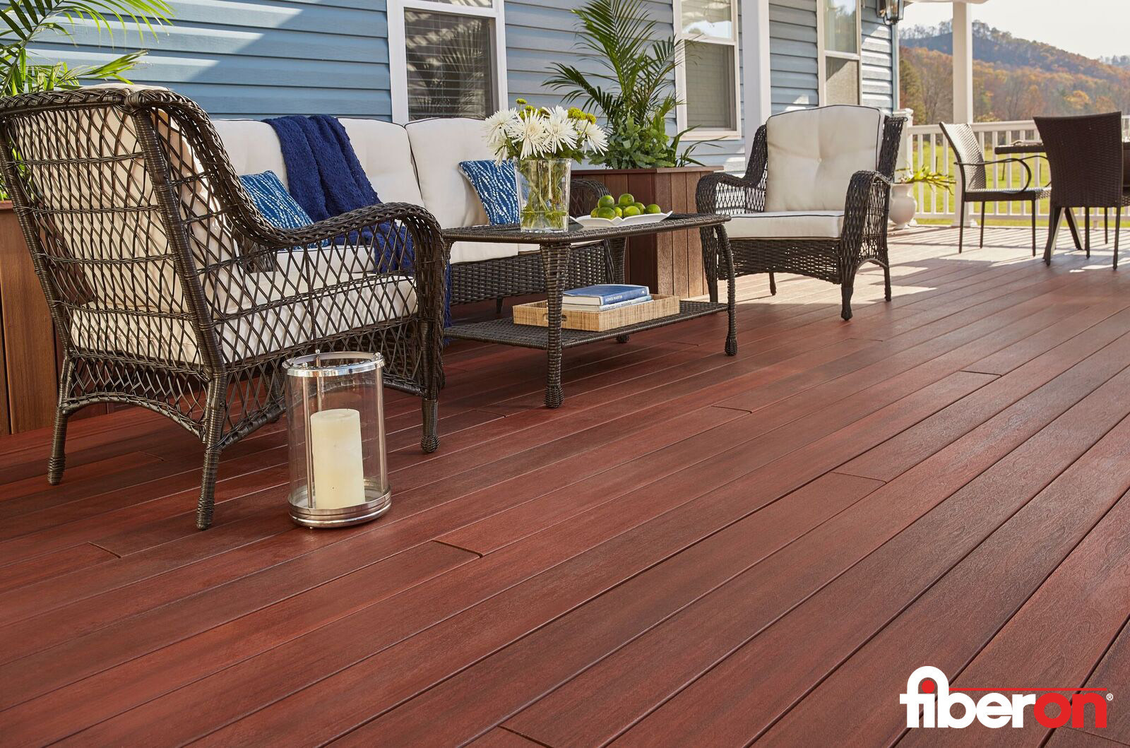 Fiberon Symmetry Decking Featured On Hit Hgtv Series