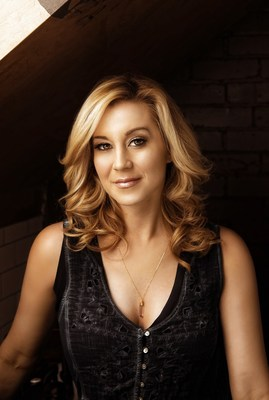 Joining the all-star line-up for the 37th annual edition of PBS' A CAPITOL FOURTH, broadcast live from the West Lawn of the U.S. Capitol, is acclaimed country music singer and songwriter Kellie Pickler.  A CAPITOL FOURTH airs on PBS Tuesday, July 4, 2017 from 8:00 to 9:30 p.m. ET