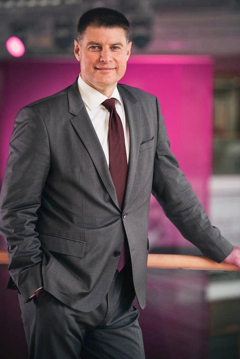 Francois Fleutiaux joins T-Systems management (PRNewsfoto/T-Systems)
