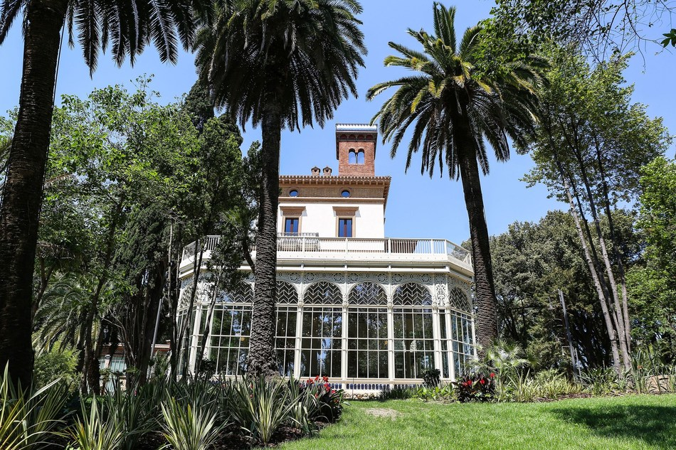 Villa Blanc main building - Part of the garden will be open to the public but everyone will be able to visit the entire campus every Sunday and during the holidays. (PRNewsfoto/LUISS Business School)