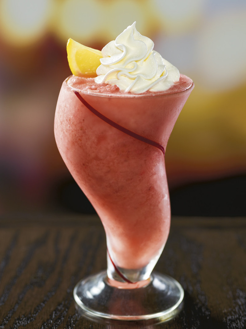 Red Robin is giving Freckled Lemonade fans an opportunity to stay cool in the summer heat with the refreshing new Freckled Lemonade Smoothie. The ultimate, creamy twist on Red Robin's famous beverage is made with real lemon juice, strawberries, vanilla soft serve and strawberry purée.