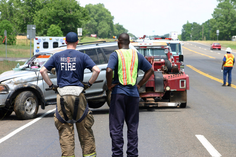 Unlike landline calls which are instantly identified and located by existing 911 systems, calls from mobile phones cannot always be precisely determined. In emergencies, where the caller may not know their location or be able to communicate, RapidSOS's technology uses the video and data collected by Caruma's system—such as a view of the driver, contact info, vehicle location and condition--to provide dispatchers with information to better assess the situation and know which resources to deploy.