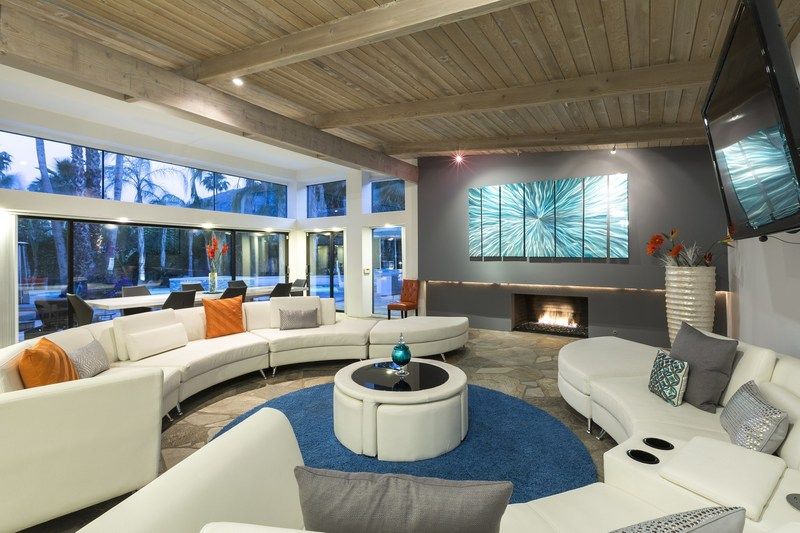 Beautiful living room at Las Palmas Modern vacation home in Palm Springs, California