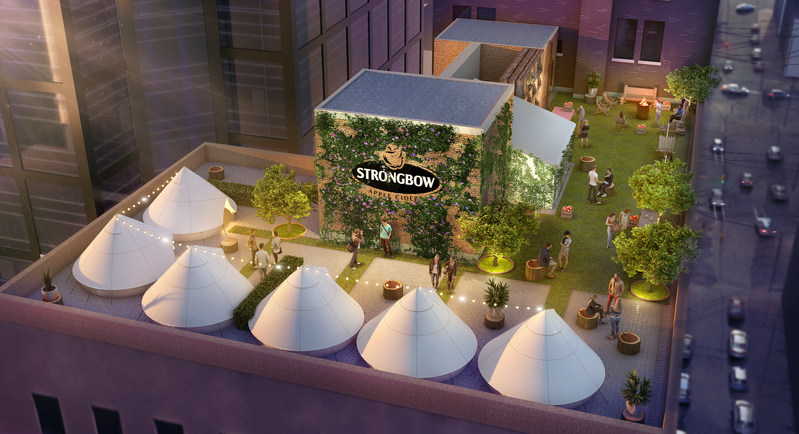 Strongbow's Orchard Glampground, located 10 stories above the city streets available for overnight stay (CNW Group/Strongbow Apple Cider)