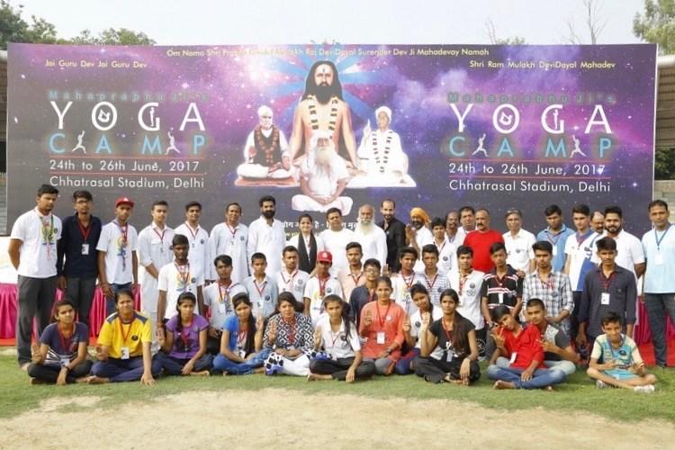 Moments from Mahaprabhu ji's Yoga Camp by Yogacharya Amit Dev (PRNewsfoto/Yog Abhyas Ashram Society)