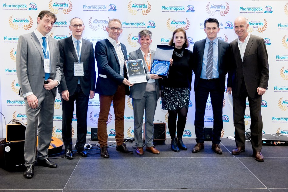 Exhibitor Innovation winner August Faller at the Pharmapack Awards ceremony in February 2017 (PRNewsfoto/UBM EMEA)