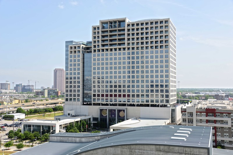 EnLink Midstream moved into One Arts Plaza in the Dallas Arts District June 2017.