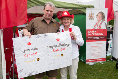 On Saturday, July 1, UPS Canada employee Graeme Armstrong delivered a special Canada 150 birthday card to Member of Parliament Karen McCrimmon, Parliamentary Secretary, Minister of Transport at Walter Baker Park in Ottawa, ON. The birthday card began its journey at a UPS facility in Brossard, QC in March 2017 and was first autographed by John De Villers, UPS Canada's 150th inductee into the elite Circle of Honour, a recognition awarded to drivers who have achieved 25 years of safe driving with no at-fault accident. The birthday card travelled to UPS facilities across the country and was signed by more than 200 UPS service providers and employees in Canada. In 1975, UPS expanded its operations to Canada and we are pleased to be a part of our nation's 150th birthday celebration. Happy Birthday Canada and Happy Canada Day! (CNW Group/UPS Canada Ltd.)