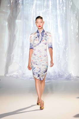 Hainan Airlines' new uniforms debut at Paris Couture Week Fall/Winter 2017
