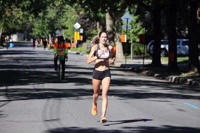 Arianne Raby, the women's 42 km winner in 2016 and ambassador for Brix. (CNW Group/Rock 'n' Roll Oasis Montreal Marathon)