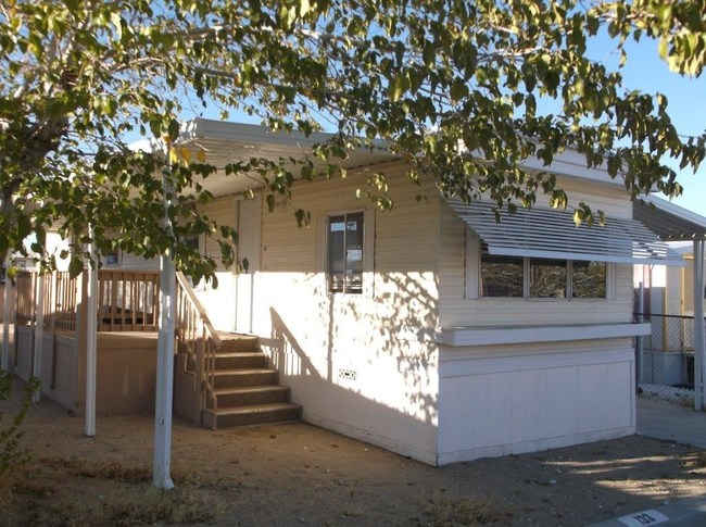 Southern California Manufactured Home Community Giving Away Fixer-Upper Homes!