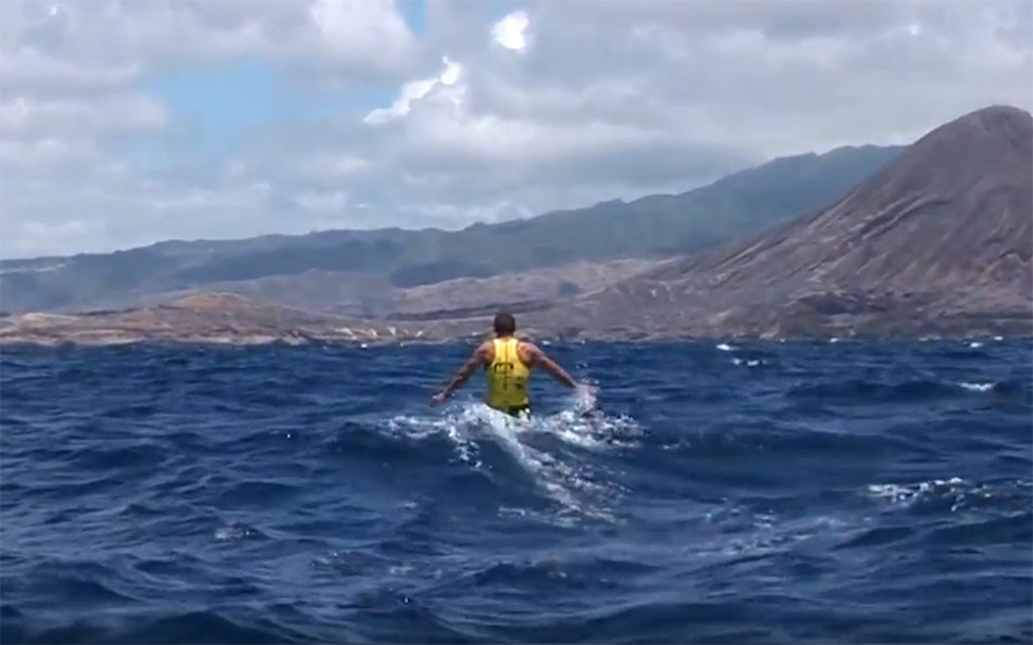 Unpredictability. It's a term that can best describe the conditions of any given race day at the Moloka'i-2-O'ahu Paddleboard World Championships (M2O). The goal is clear. Paddlers must navigate the fastest line from the island of Moloka'i to the island of O'ahu, but the channel of water they must cross to reach that goal is constantly changing.