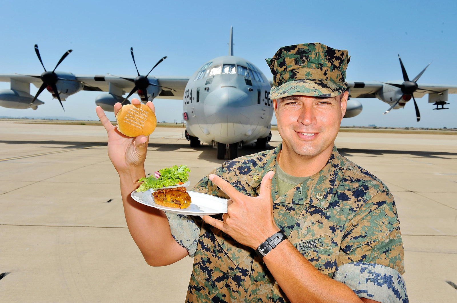 Αποτέλεσμα εικόνας για Carnival Cruise Line Thanks the Troops with the World's First Social Media Powered Barbecue at Marine Corps Air Station Miramar in San Diego