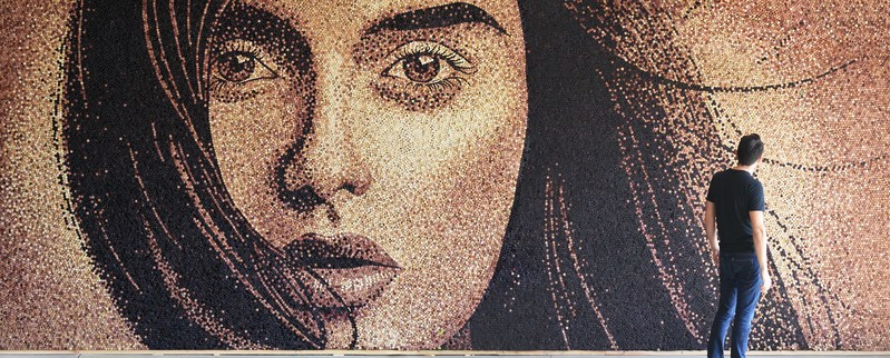 What can you do with 60,000 corks? THIS. Cork artist Scott Gundersen and one of his many beautiful works of art. Completely created out of wine corks.