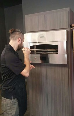 GE Appliances develops an ultra-fast pizza oven: 2 minute rapid bake