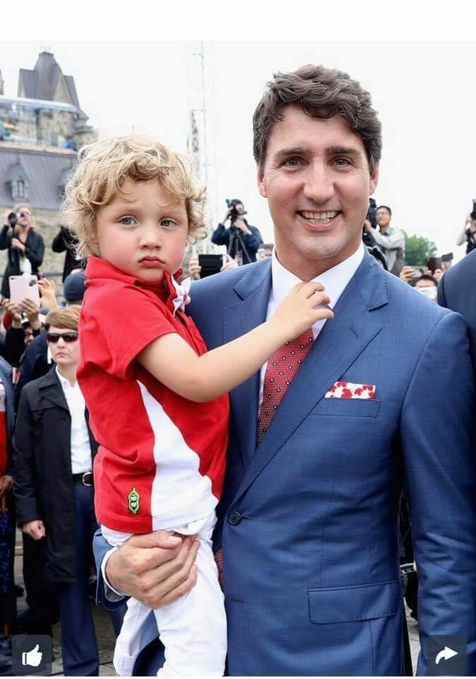 Corporate Update - Prime Minister Justin Trudeau and Sophie Grégoire Trudeau Choose Peekaboo Beans to Outfit Their Children for Canada's 150th Birthday Celebration (CNW Group/Peekaboo Beans Inc.)