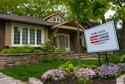 Canada's Residential Real Estate Market Makes the Move to Moderation in the Second Quarter of 2017 (CNW Group/Royal LePage Real Estate Services)