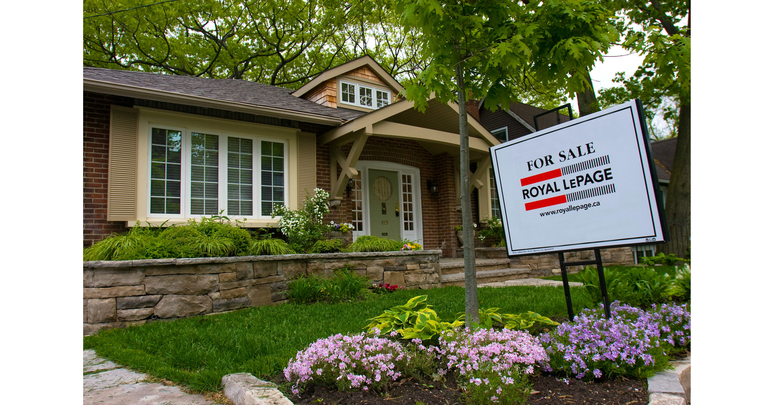 Residential Real Estate : Cnw canada s residential real estate market makes the