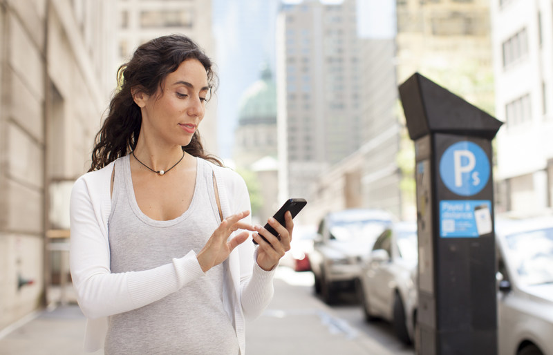 The popularity of the P$ Mobile Service app continues to grow. By late 2016, the app represented 47% of the amounts collected for paid on-street parking. (CNW Group/Société en commandite stationnement de Montréal)