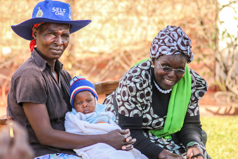 In Zimbabwe, the program addresses the high maternal mortality rate in Kwekwe District by increasing effective birth preparedness for emergency situations, increasing knowledge about birth complications and informing community members of their rights.