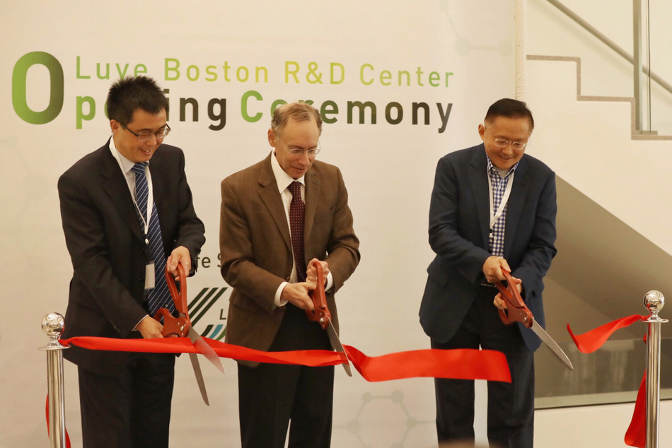 The Boston R&D Center ribbon-cutting ceremony. From the left, Dr. Youxin Li, Prof. Robert S. Langer and Prof. Guangping Gao.
