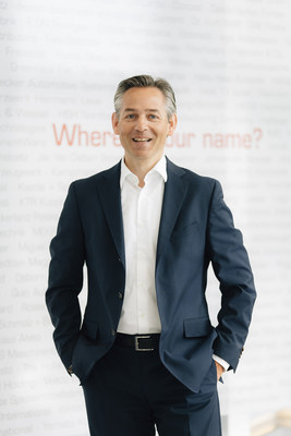 """Norbert Rotter, CEO of itelligence AG, commented: """"License revenues remained strong, while cloud services (cloud-subscription and managed-cloud revenues) also performed especially positively. In these promising segments in particular, we have positioned ourselves extremely well, including through purchases, and are benefiting from rising demand."""" (PRNewsfoto/itelligence AG)"""