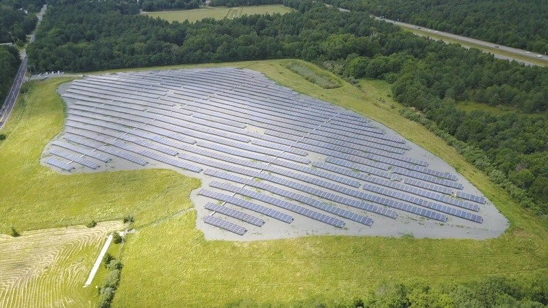 Berkley Landfill Site with Solar