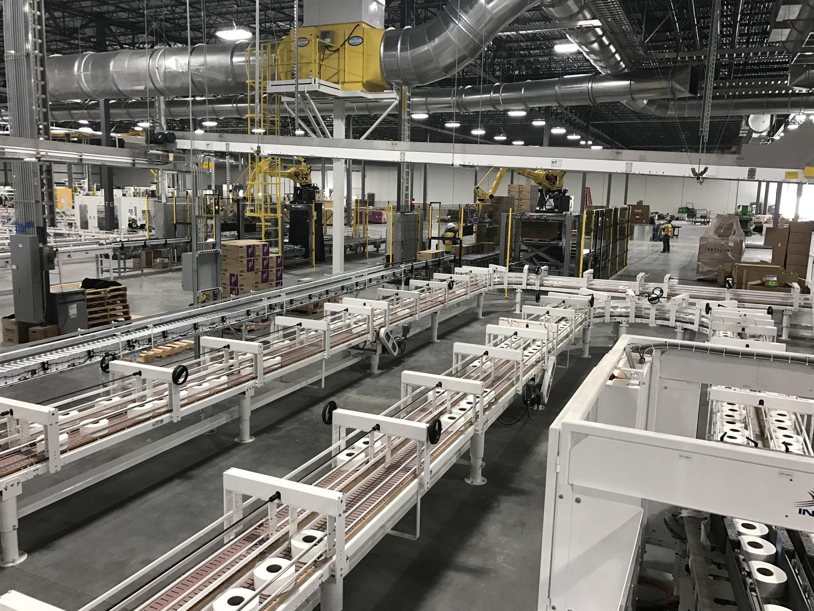 cascades inaugure une nouvelle usine de conversion de papier tissu la fine pointe de la. Black Bedroom Furniture Sets. Home Design Ideas