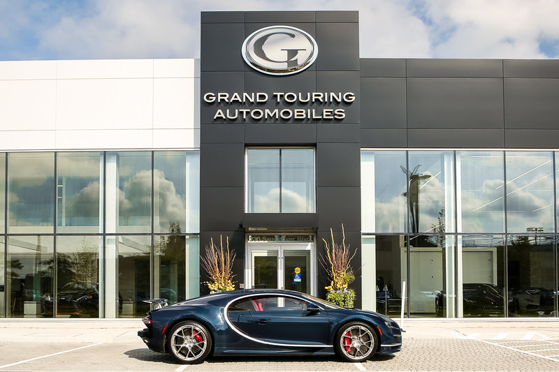 Bugatti Chiron (CNW Group/Grand Touring Automobiles)