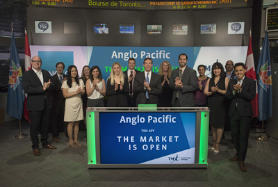 Julian Treger, Chief Executive Officer, Anglo Pacific Group PLC (APY), joined Richard Rohan, VP, Global Sales, Equity Capital Markets, Toronto Stock Exchange, to open the market to celebrate 50 years as an organization. Anglo Pacific Group PLC is a global natural resources royalty and streaming company with a portfolio centred on base metals and bulk materials. Anglo Pacific Group PLC commenced trading on Toronto Stock Exchange on July 9, 2010. (CNW Group/TMX Group Limited)