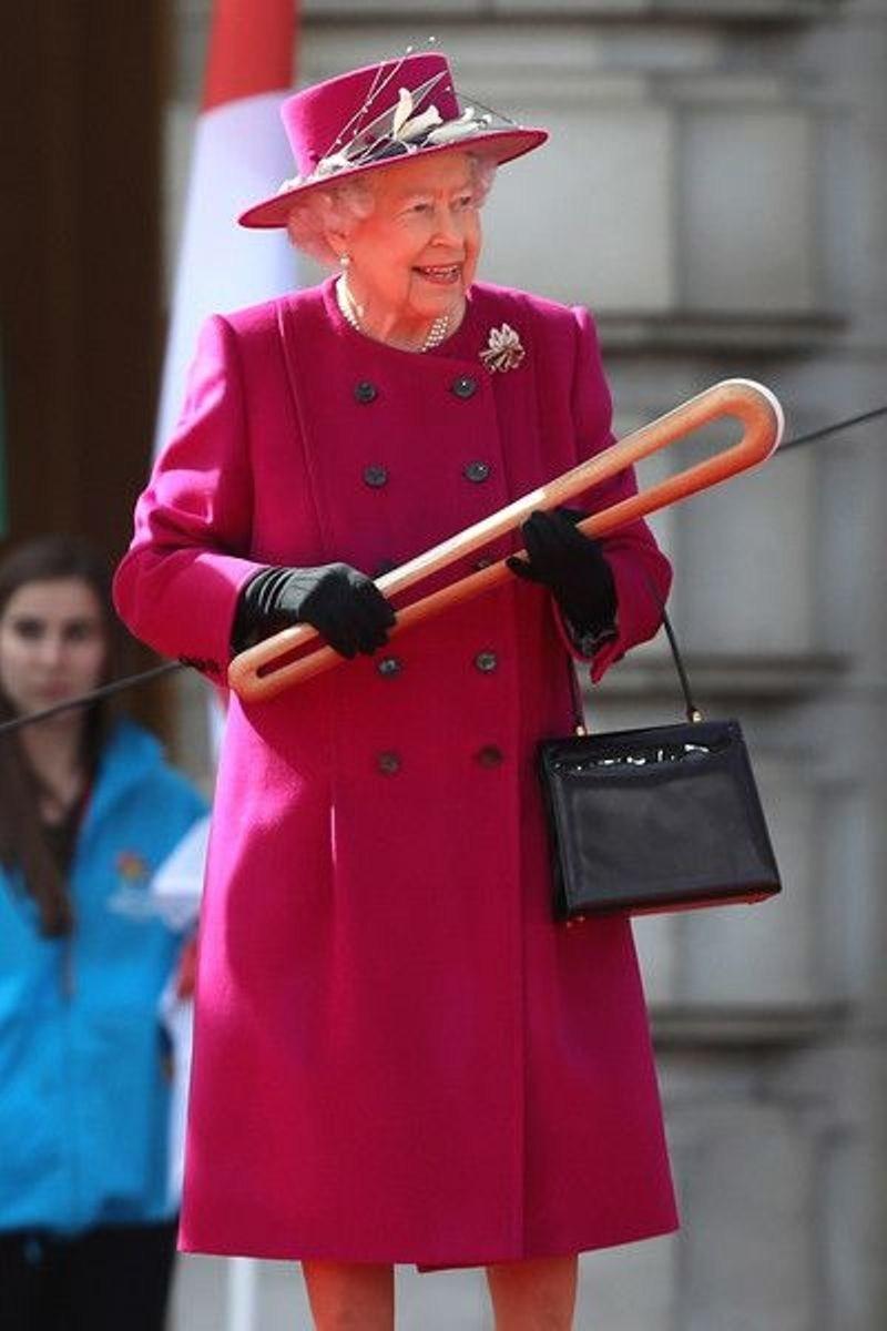 Queen Elizabeth II Pintrest.com (CNW Group/Commonwealth Games Association of Canada)
