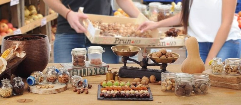 New study: Nut consumption is associated with reduced weight gain (PRNewsfoto/INC)