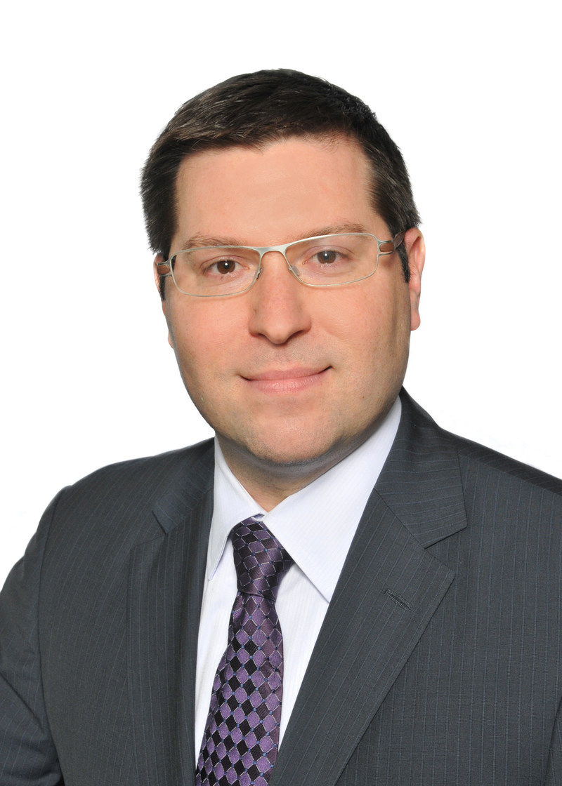 """Scott Elengold, a principal in Fish & Richardson's Washington, D.C. office, was selected as a 2017 International Trade """"Rising Star"""" by Law360. The award honors attorneys under the age of 40 with notable accomplishments in their practice area. Elengold is one of an elite cadre of lawyers who specialize in Section 337 patent litigation at the U.S. International Trade Commission and was one of only four attorneys selected for the International Trade Rising Star distinction."""