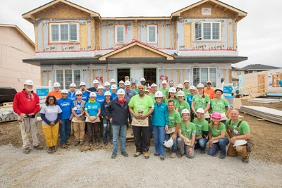 Schneider Electric Canada onsite at the Habitat for Humanity Canada 150 Build (CNW Group/Schneider Electric)