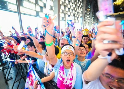 Young people cheer for their ACG idols at Bilibili World. Photo by: bilibili